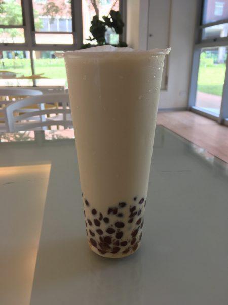 タピオカ黒糖ミルクの絵 おいしい日本でもやるべき cocoで買えると思う